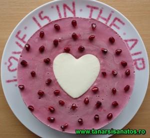 Tort rodie cu inimioara TSS